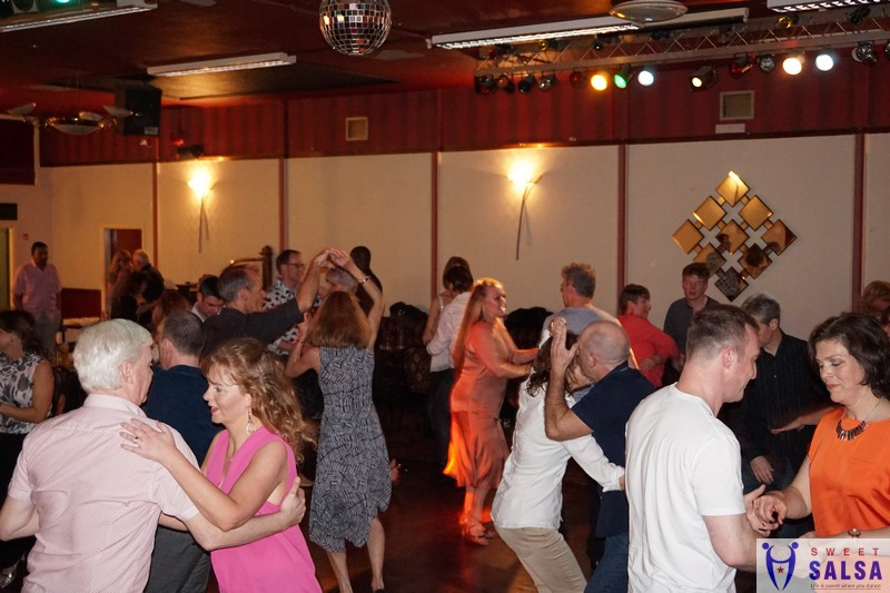 Salsa dancing party at the Canberra Club August 2017