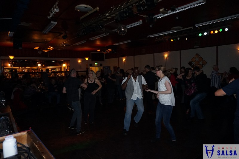 A great night of salsa dancing