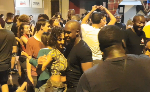 Salsa dancing in Vic Fezensac